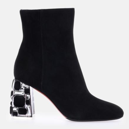 Ankle boots in black suede