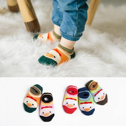 Thickened Plush Cartoon Chicken Pattern Color Block Socks (4060262)