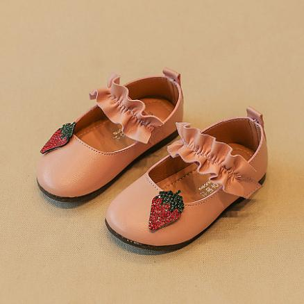 Glitter Strawberry Decorated Shoes (4967408)